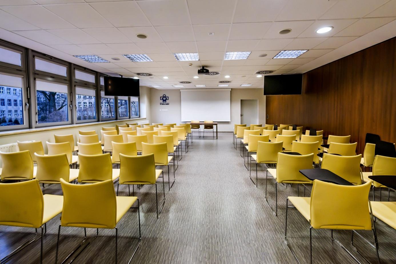 Sala konferencyjna – układ A+B